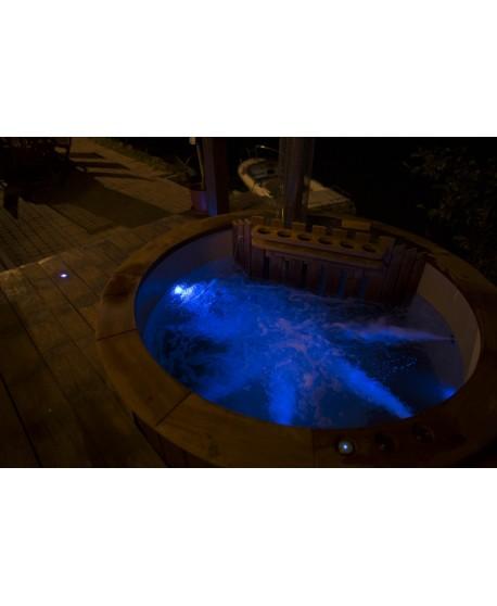 LED Beleuchtung im Badefass